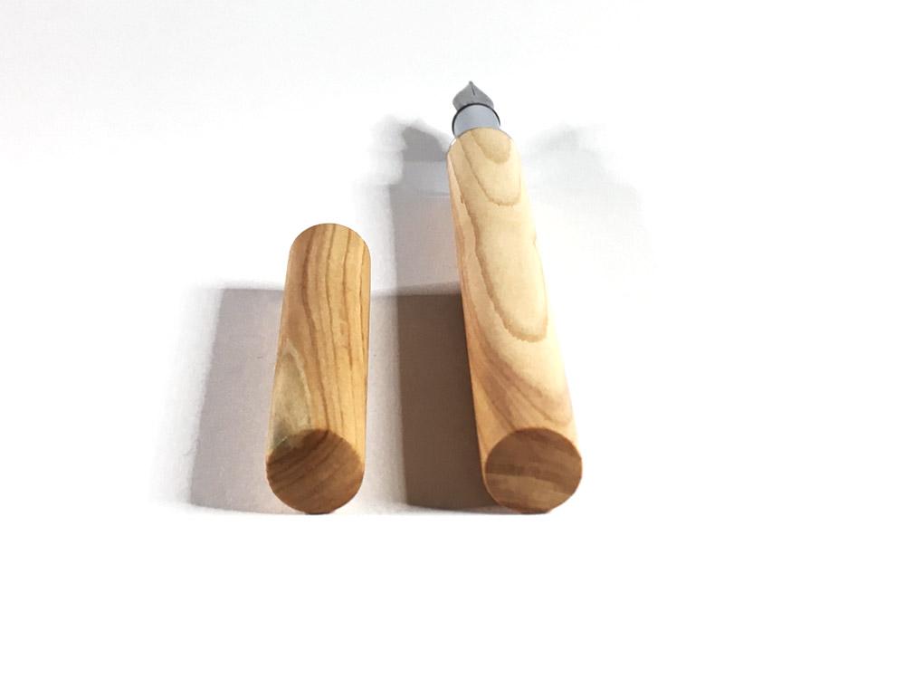 Füller, seidenmatt (Flieder)